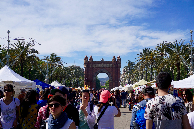 a local Barcelona weekend fair